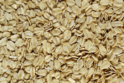 Oats are rich in fiber and iron.