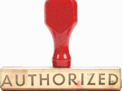 Differences Between a Power of Attorney & a Letter of Authorization