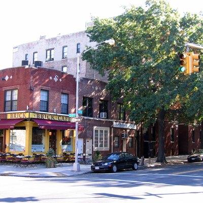 Motels Near Astoria In New York City New York Usa Today