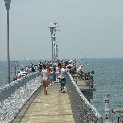 Fishing at the chesapeake bay bridge tunnel usa today for Chesapeake fishing report