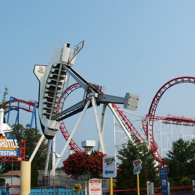 W Looping Starship E Shuttle Amut Ride In Operation At Six Flags Great Adventure