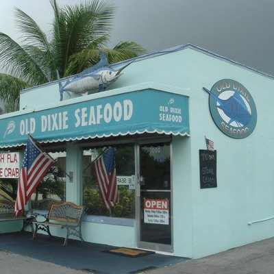List of restaurants in boca raton usa today for Fish restaurants in boca raton