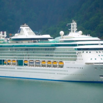 How Do I Get Married On The Royal Caribbean Cruise Line USA Today - Getting married on a cruise ship