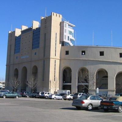 Hotels Near University Of Illinois Football Stadium