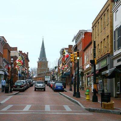 Annapolis Boutiques Restaurants And Cafes Are Located The Weather Was Cry Location