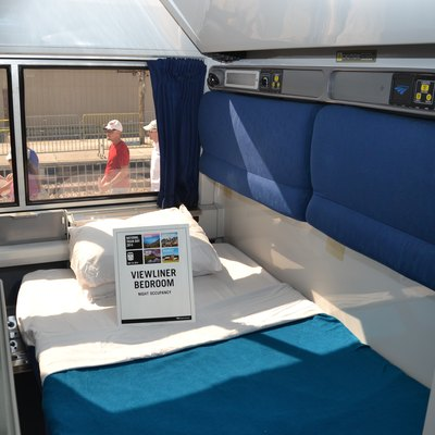 how to get to the amtrak from lax usa today. Black Bedroom Furniture Sets. Home Design Ideas