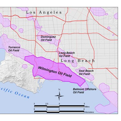 Wilmington Oil Field Within The Los Angeles Basin California U S All Data Shown On This Map Is In The Public Domain Created By User Antandrus Using