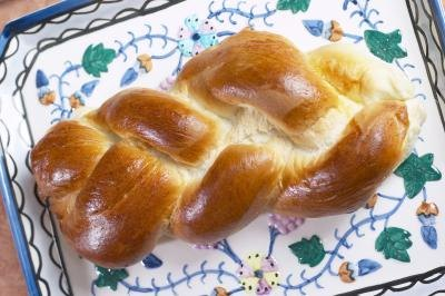 Jews eat challah bread during Sabbath meals.
