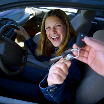 The average purchase price of a new car in 2009 was $28,966.