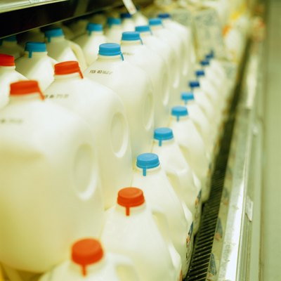 One percent milk provides the same vitamins and minerals as higher-fat varieties.