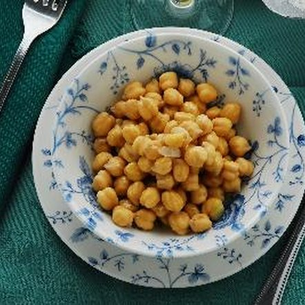 Serve seasoned chickpeas for a high-fiber snack or side dish.