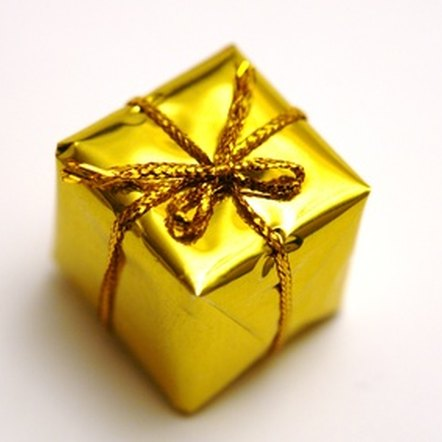 Last year, real estate agents spent an average of $54.20 on each closing gift.