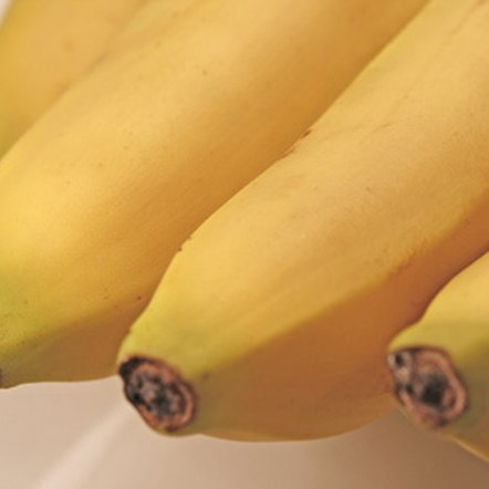 Bananas and other fruits provide exceptional benefits for athletes.