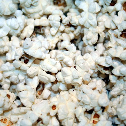 The high fiber content and low glycemic index of popcorn make it a healthy snack for individuals with diabetes.