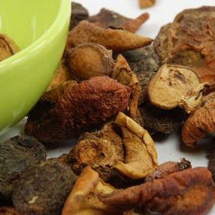 Dried fruit can cause respiratory problems if you have sulfite sensitivity.
