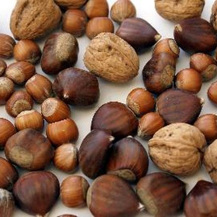 Nuts contain phytochemicals, which have several health benefits.