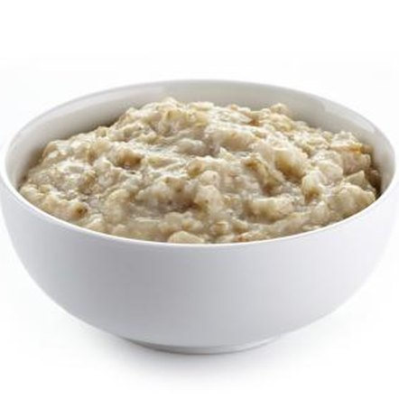 Diet healthfully and successfully with oatmeal.
