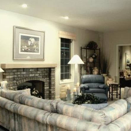 How to arrange a family room with a sectional sofa home for How to arrange sectional sofa in living room
