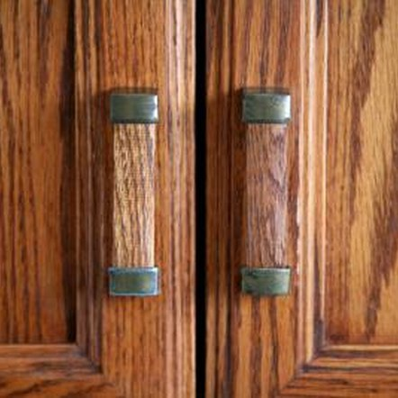 Add wood grain to fiberglass doors for a quick facelift.