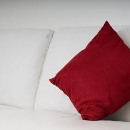 Throw Pillows Ralph Lauren : How to Decorate Your Home With Mismatched Furniture Home Guides SF Gate