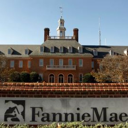 With Fannie's HomePath program, buyers have a somewhat streamlined closing process.