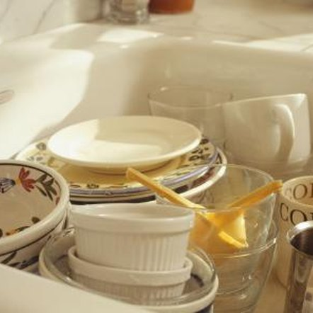 Aluminum leaves dark gray marks on porcelain sinks and dishes.