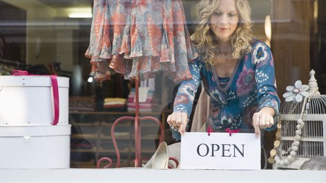 How Do Fiscal Policies Impact the Retail Business?