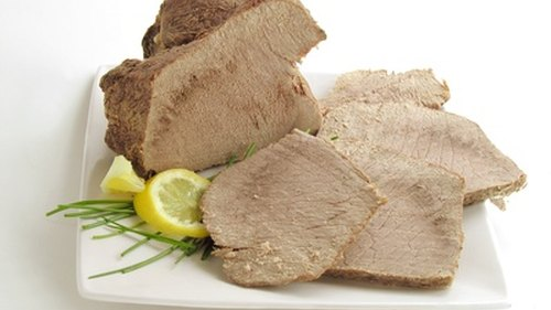 <p>Lean beef helps boost metabolism and promote weight loss.</p>