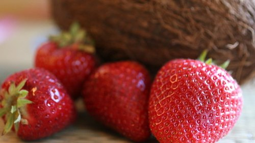 <p>Nutrient-dense strawberries are rich in fiber.</p>