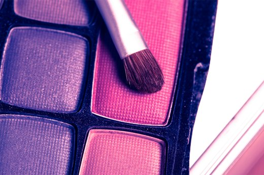 Bright Insight: Eye Shadows for Any Eye Color