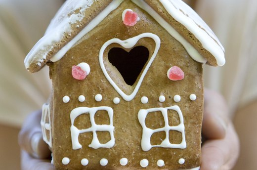 EZ Tips for Making Great Gingerbread Houses