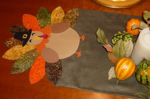Get Crafty: Turkey Table Runner