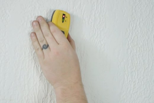 Tool Tip Basics: Stud Finder