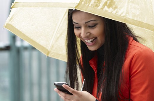 April Showers: 8 Beauty Tips for Rainy Days