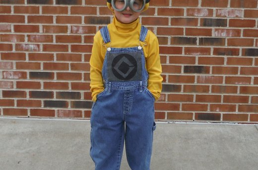 How to Make a Minion Costume