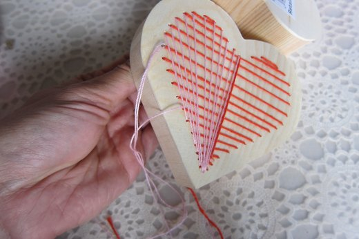 Embroidered heart box- vertically stitch