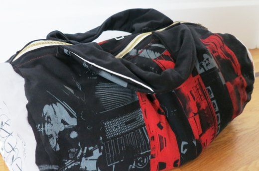 Throwback Thursday: T-Shirt Gym Bag