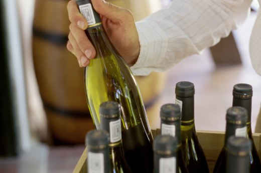 Wine Buying Tips for Party Hosts