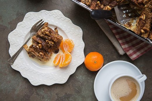 Make-Ahead Cinnamon Roll French Toast Breakfast Bake