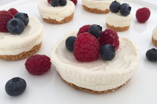 6. Easy, No-Bake Cheesecake