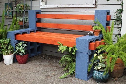 Use Simple Materials to Make an Outdoor Bench