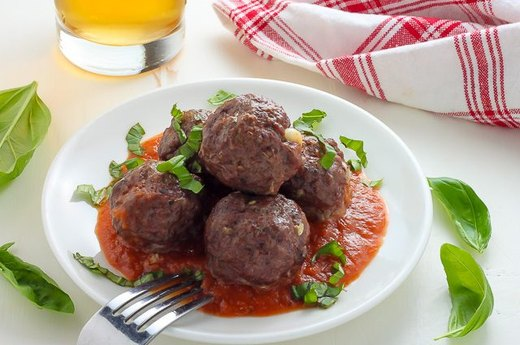 18. Mozzarella-Stuffed Meatballs
