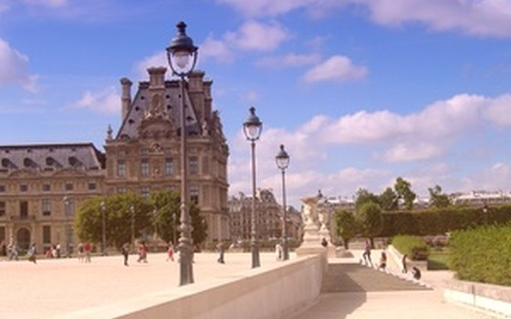 The Palais des Tuileries, surrounded by Jardin des Tuileries, is a short walk from the Hotel des Tuileries.