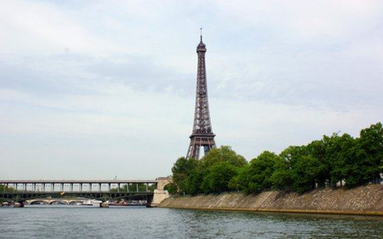 Relax and enjoy the iconic sights of the City of Light.