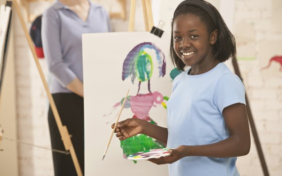 Children can draw and paint at Gwinnett County's kids' museums.
