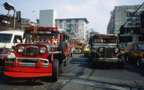 Know how to safely ride the jeepney safely in heavy traffic in the Philippines.