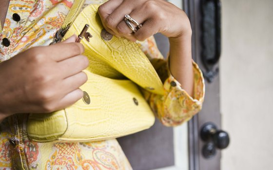 Accessories can diversify limited outfits, says the Wanderlust and Lipstick website.