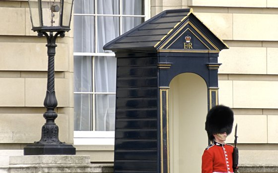 Check the schedule for the Changing of the Guard at Buckingham Palace.