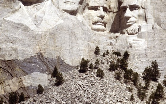 Presidents Washington, Jefferson, Roosevelt and Lincoln are on Mount Rushmore.