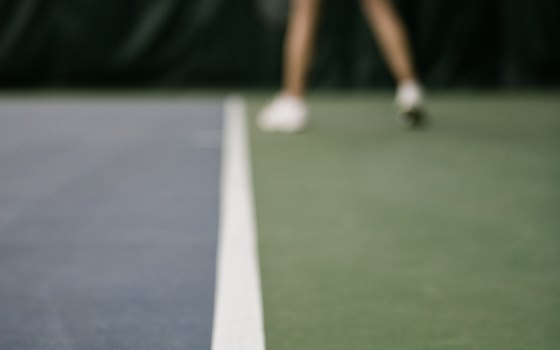 The Palms of Destin Resort & Conference Center offers tennis lessons for kids and adults.